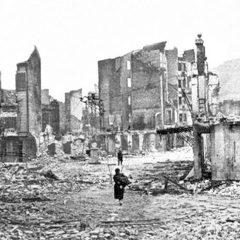 2.-Guernica-despues-del-bombardeo-1937