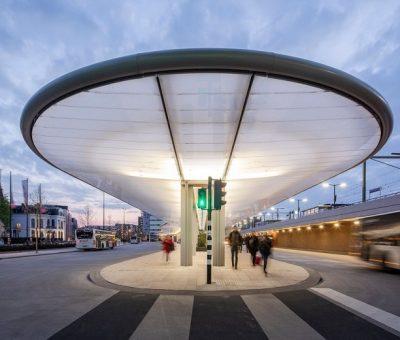Estación de autobuses autosuficiente